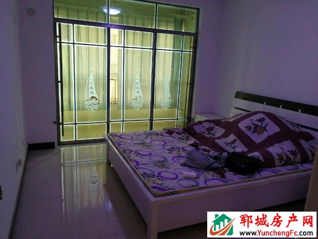 勤润家园 3室2厅 96平米 简单装修 57万元