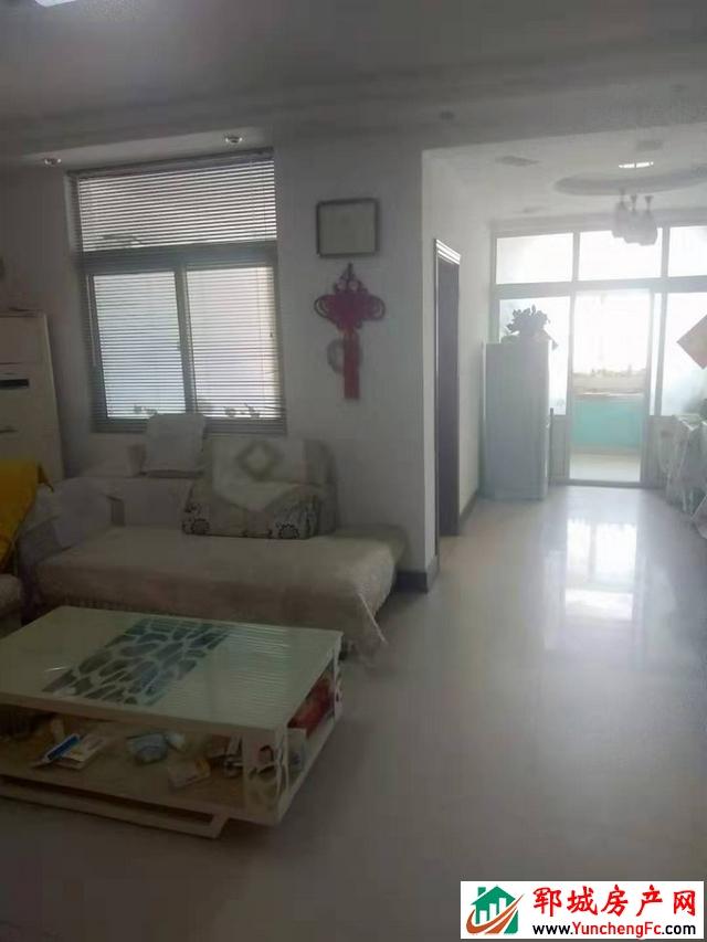华灵佳苑 3室2厅 125平米 精装修 49万元