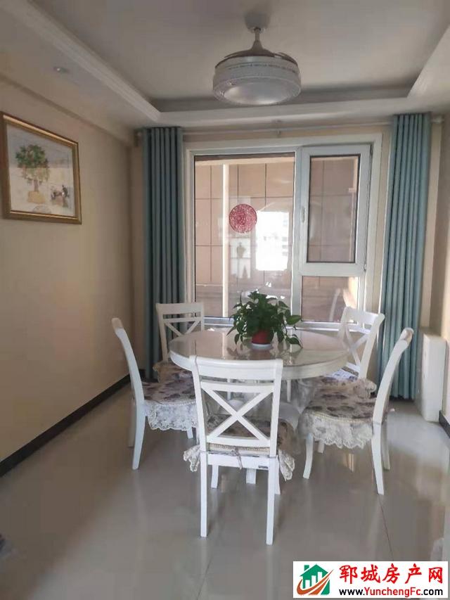 帝景湾 3室2厅 120.88平米 精装修 66万元