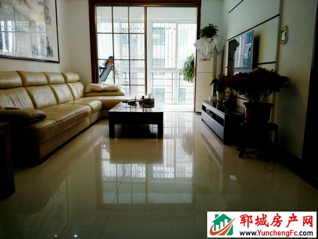 帝景湾 3室2厅 122平米 精装修 70万元