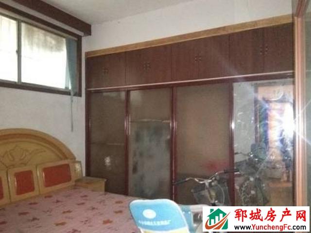 丰泽家园 4室2厅 200平米 简单装修 1000元/月