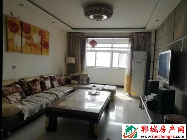 世纪花园 3室2厅 150平米 简单装修 1500元/月